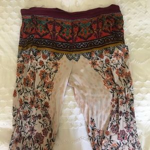 FREE PEOPLE SIZE M PATTERNED BEACH PANTS WORN ONCE